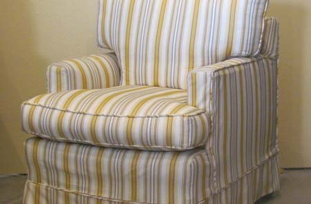 Recliner | Gray Dots | Custom Upholstery || Chairs | View 2